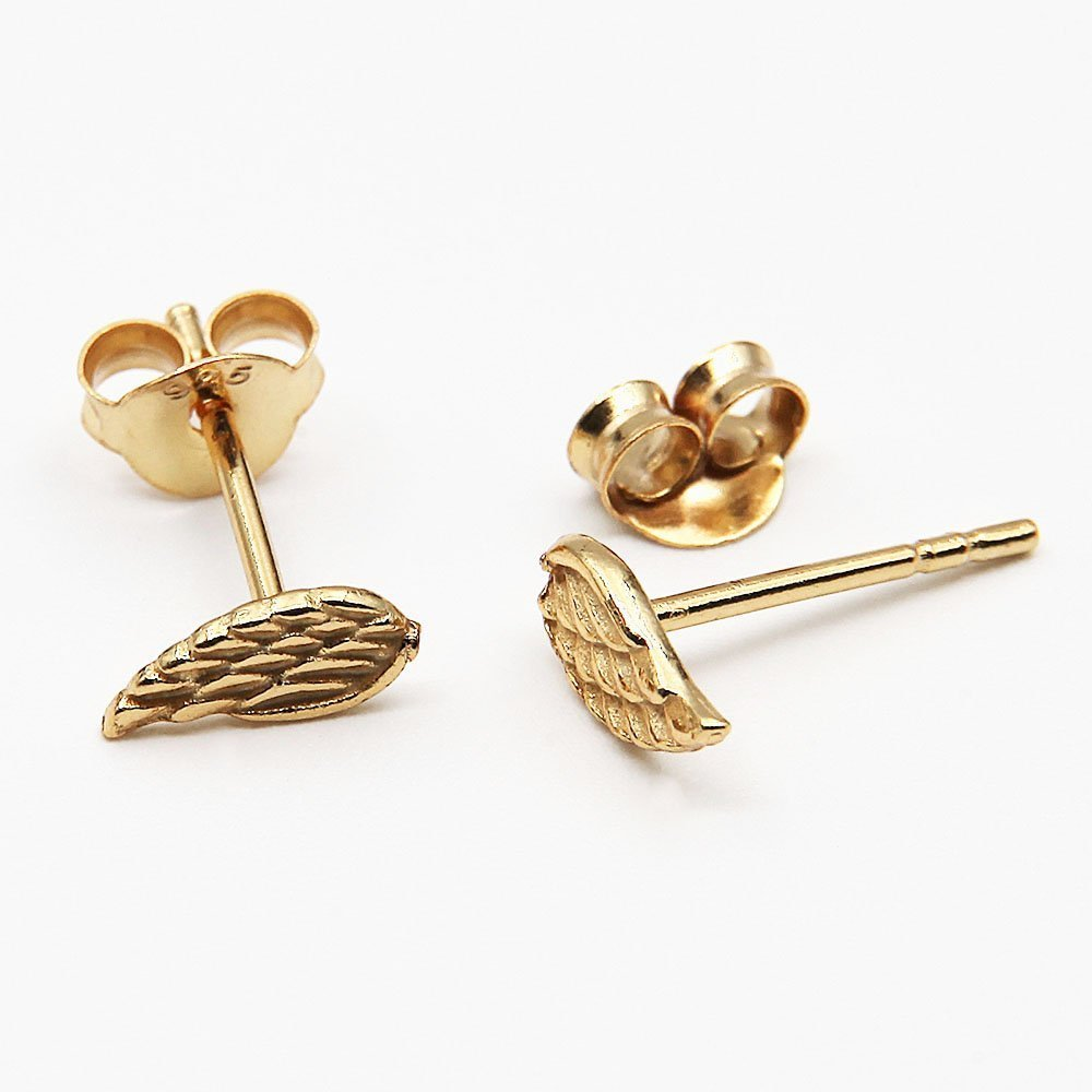Pair of gold plated silver stud earrings with an angel wing detail. - Ozz Silver Jewelry