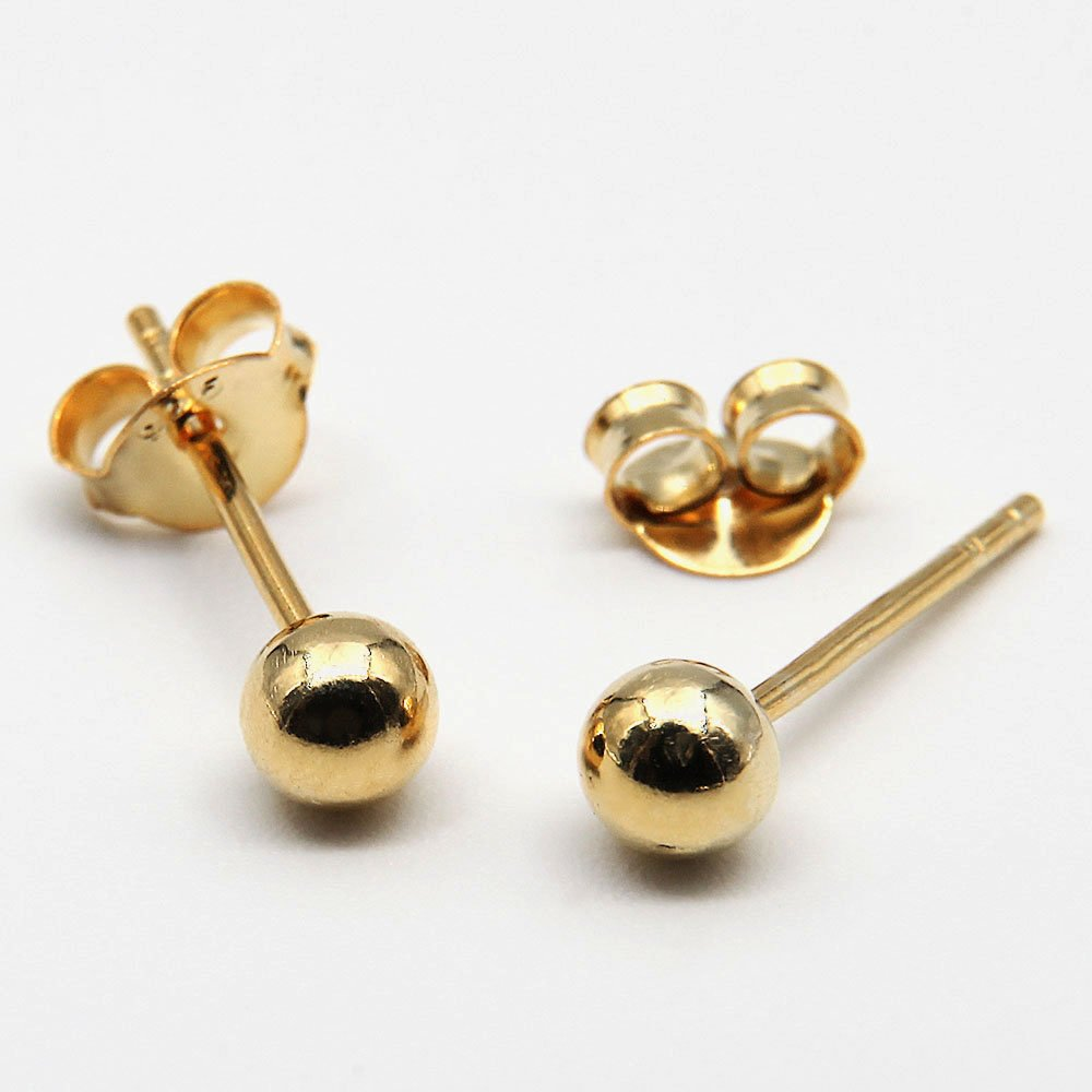 Pair of gold plated silver stud earrings with a ball detail. - Ozz Silver Jewelry