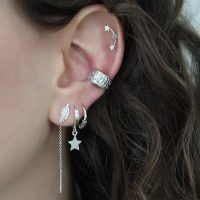 A single silver ear cuff with a bright chevron detail. - Ozz Silver Jewelry