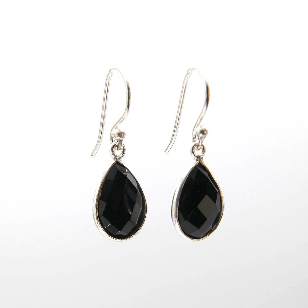 A pair of silver hook earrings with Onyx gemstone pendant. - Ozz Silver Jewelry