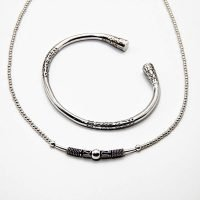 This pack includes a sterling silver Bali beaded necklace, alongside an engraved sterling silver Bali bangle. - Ozz Silver Jewelry