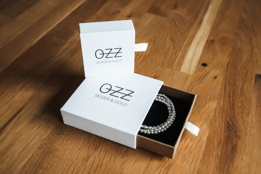 OZZ Gift Box